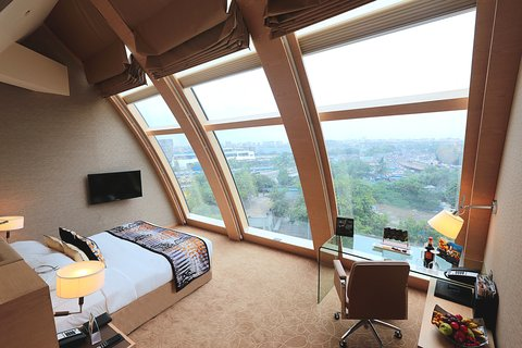 Sahara Star Hotel - The Mars City Facing Guest Room