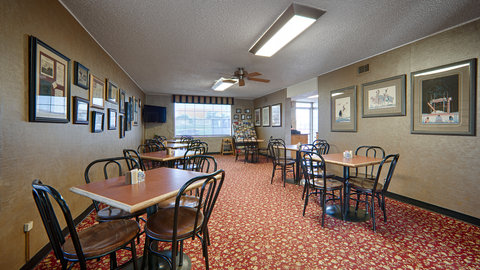 BEST WESTERN Hensley's - Breakfast Area