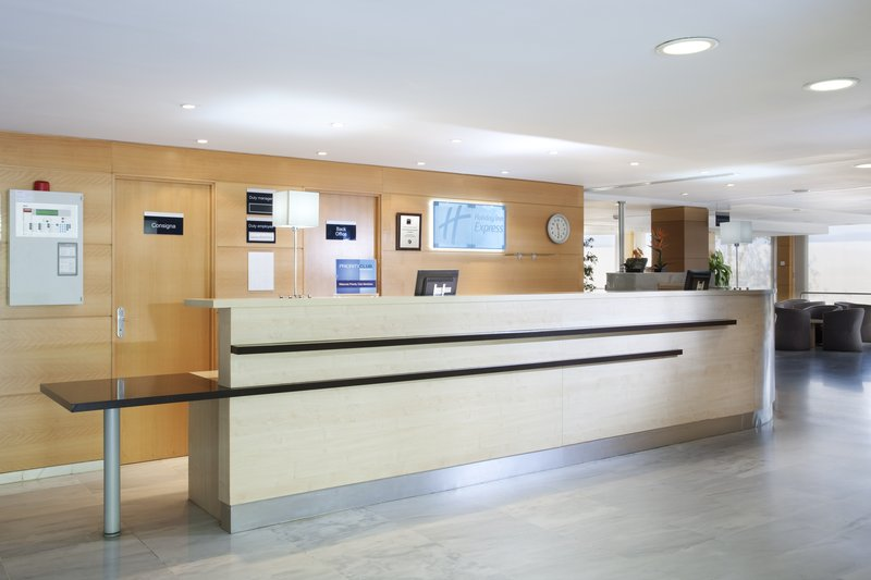 Holiday Inn Express Montmelo Lobby