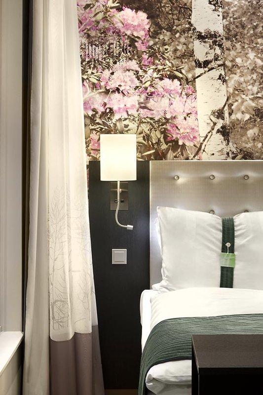 Hotel Holiday Inn Berlin - Centre Alexanderplatz Características do quarto