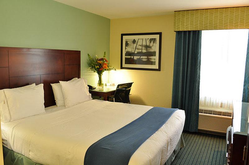 Holiday Inn Express Mission Bay Sea World Area Vista della camera