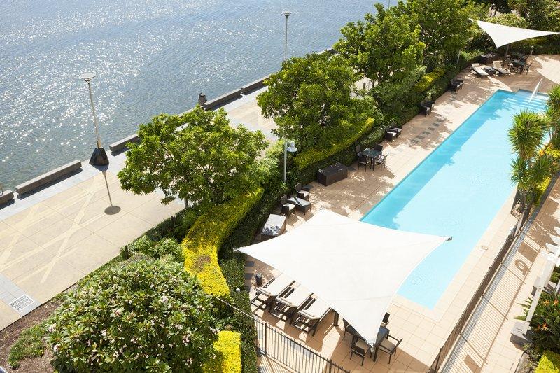 Crowne Plaza Hotel Newcastle Zwembadaanzicht