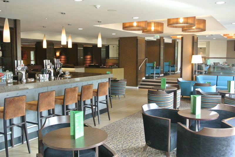 Holiday Inn  London Gatwick - Worth Bar/salón
