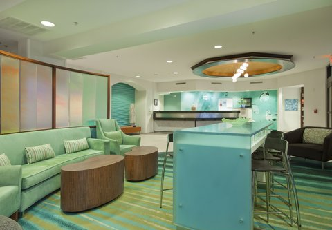 SpringHill Suites Grand Rapids North - Lobby Seating Area