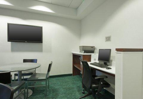 SpringHill Suites Grand Rapids North - Business Center