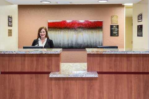 BEST WESTERN Fort Lauderdale Airport/Cruise Port - Front Desk