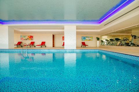 منتجع وسبا جزيرة المرجان - Indoor Swimming Pool and Gym