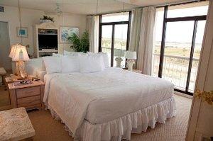 Room - Galvestonian Resort