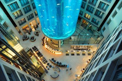 Radisson Blu Hotel, Berlin - Lobby with AquaDom Radisson Blu Hotel Berlin