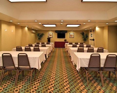 Hampton Inn Gainesville FL - Meeting Room  Classroom Down the Aisle