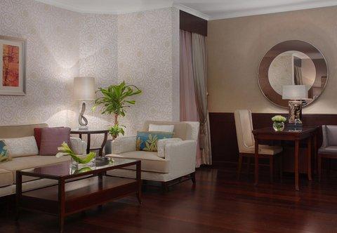 فندق ماريوت الرياض - Royal Suite Living Room
