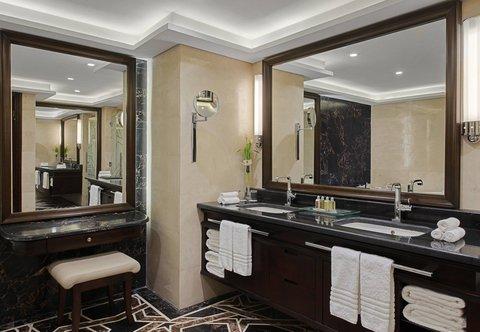 فندق ماريوت الرياض - Royal Suite Bathroom