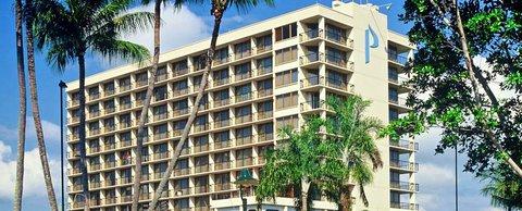 Pacific International Hotel - CPIHome3