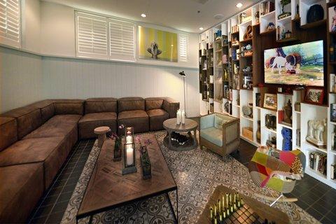 Vintro South Beach - Cigar Room