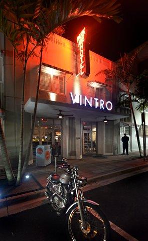 Vintro South Beach - Vintro Front Entrance