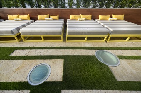 Vintro South Beach - Roof Top Sun Deck