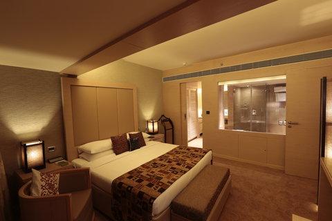 Sahara Star Hotel - Uranus Premier Suite at Hotel Sahara Star Mumbai