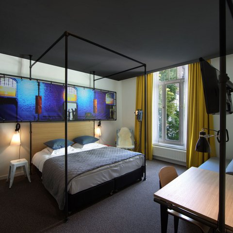 Zoom Hotel - Double or Twin Room