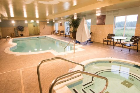 Hilton Garden Inn Clarksville - Pool Spa