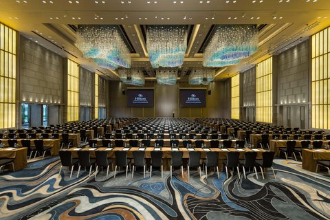 Hilton Shenzhen Shekou - Seaworld Grand Ballroom Classroom setup