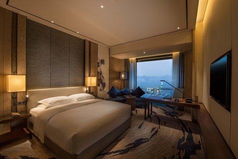 Hilton Shenzhen Shekou - King Deluxe Room