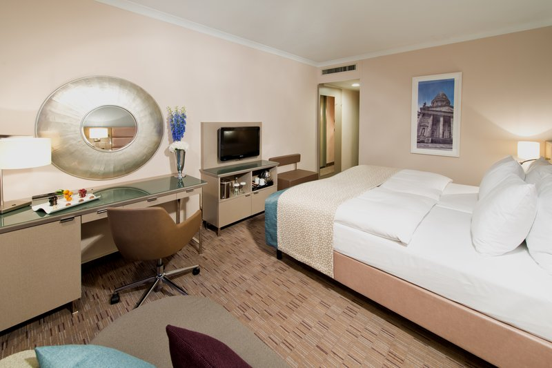 Crowne Plaza Berlin City Centre Pokoj