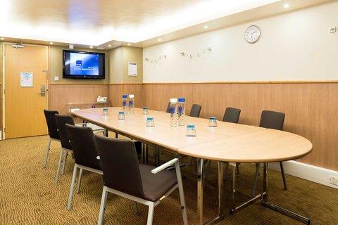 Novotel Airport - Meeting Room