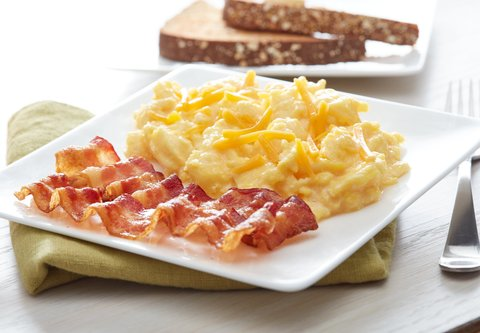 Fairfield Inn & Suites Calhoun - Warm Up to Our Hot Breakfast
