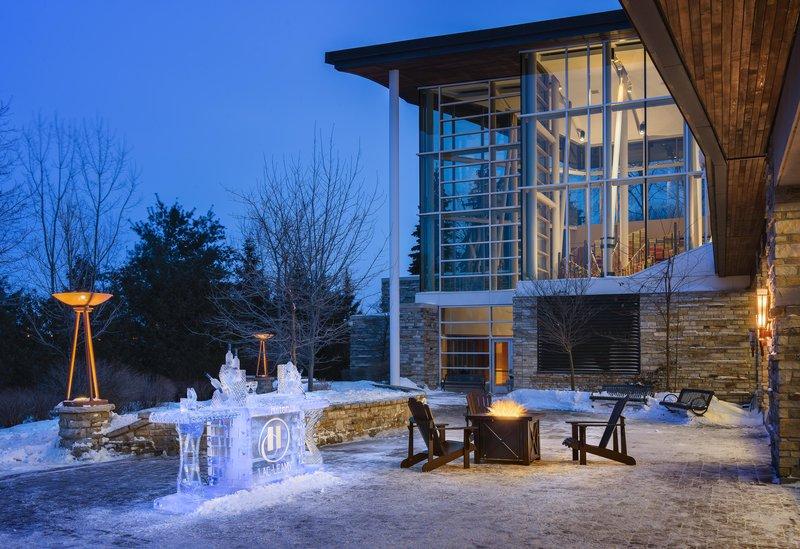 Hilton Lac-Leamy Außenansicht