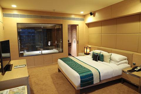 Sahara Star Hotel - Neptune Premier Suite at Hotel Sahara Star Mumbai