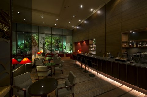 Crowne Plaza ANA HIROSHIMA - The Lounge Calm and relaxing lounge with a waterfall garden