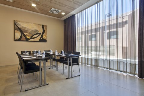 Hotel 4 Barcelona - Barceloneta s meeting room