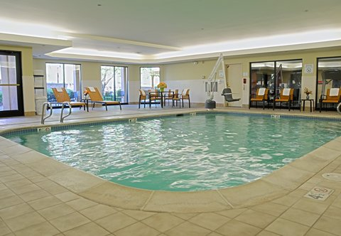 Courtyard Colorado Springs South - Indoor Pool