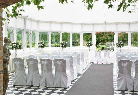 Hanbury Manor Marriott Hotel & Country Club - Garden Court Summer House   Wedding Ceremony
