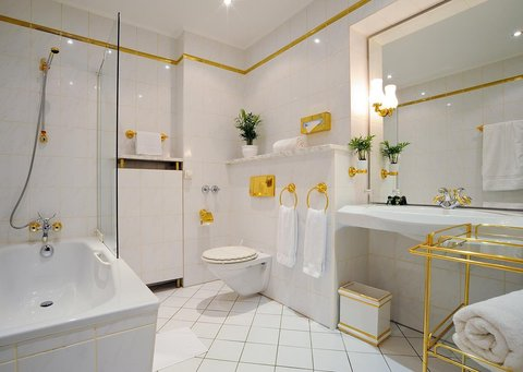Hotel Palmenhof - Bathroom