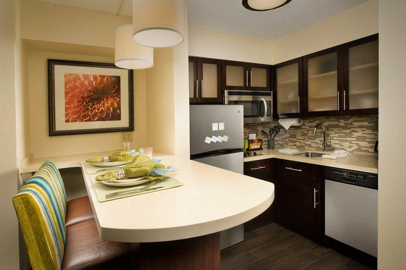 Staybridge Suites Miami-Airport West Pokoj