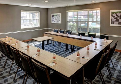 TownePlace Suites Dallas Las Colinas - Las Colinas Meeting Room   U-Shape Setup