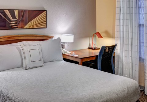 TownePlace Suites Dallas Las Colinas - Two-Bedroom Suite - Sleeping Area