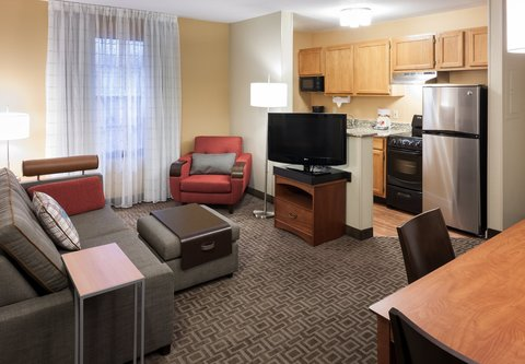 TownePlace Suites Dallas Las Colinas - Two-Bedroom Suite - Kitchen