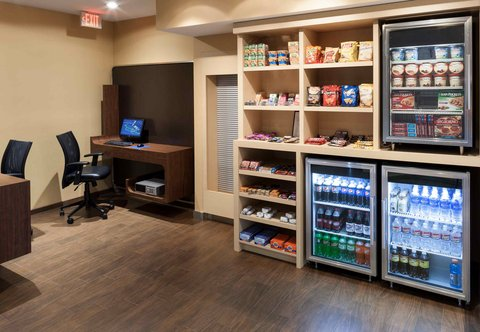 TownePlace Suites Dallas Las Colinas - The Market