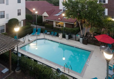 TownePlace Suites Dallas Las Colinas - Outdoor Pool