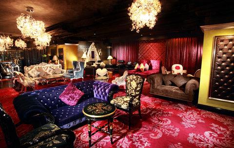 ذه لوكس مانور - Dada Bar   Lounge - Lounge Area