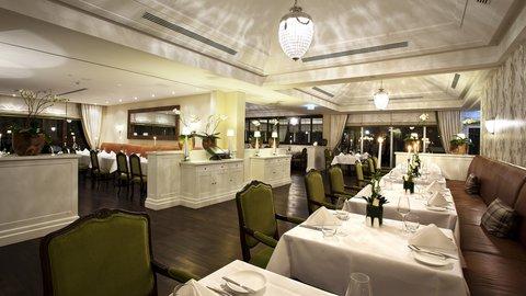Kempinski Hotel Gravenbruch - Restaurant Ess Tisch