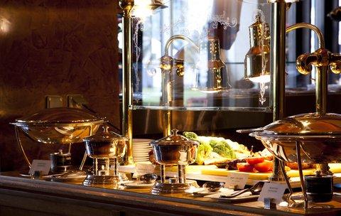 فندق الفيصلية - La Cucina Restaurant Brunch