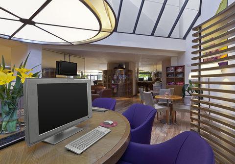 Sheraton Buenos Aires Hotel & Convention Center - Link   Sheraton