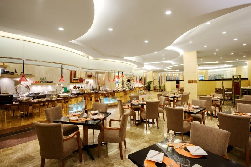 Crowne Plaza Hotel Shanghai Ravintolat