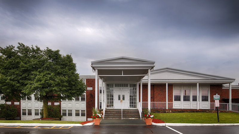 Best Western Plus University Inn - Canton, NY