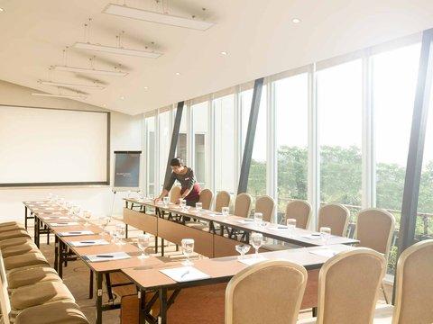 Novotel Bandung - Meeting Room