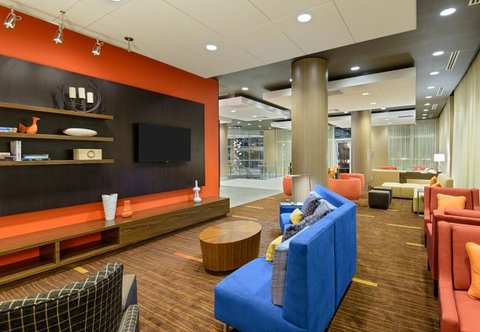 Courtyard Buffalo Downtown/Canalside - Lobby Home Theater