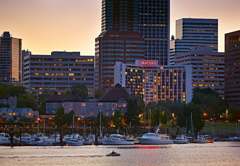 Marriott Portland Downtown Waterfront Exterior view